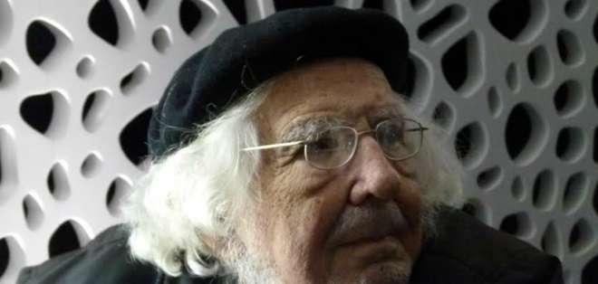 NICARAGUA.- Cardenal (94), quien está hospitalizado por afección renal, fue sancionado hace 35 años. Foto: Archivo