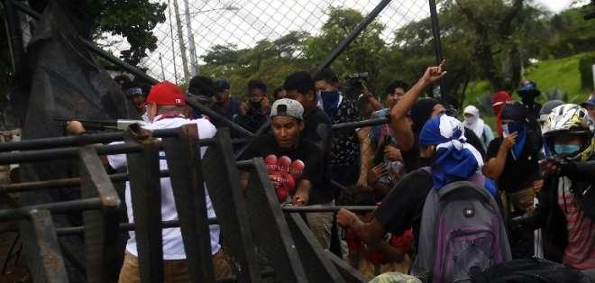 Medardo Mairena y Pedro Mena participaron en las violentas protestas contra Daniel Ortega. Foto: Archivo AFP