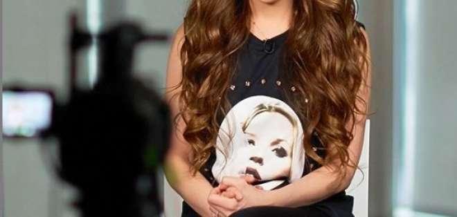Thalía mostró la singular mascarilla que usa para combatir arrugas. Foto: Instagram