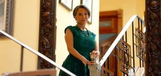 """La actriz y productora mexicana dará vida a Verónica Trujillos en """"Dulce familia"""". Foto: Captura"""