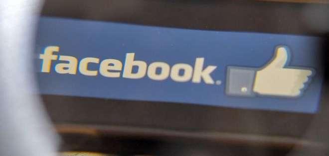 Facebook presenta fallas.
