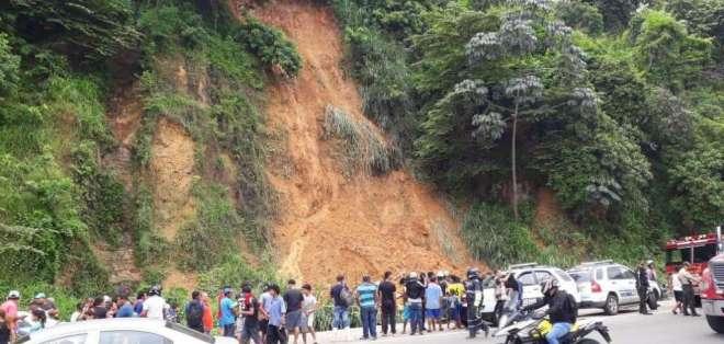 Dos personas mueren por deslave en Bastión Popular. Foto: Twitter