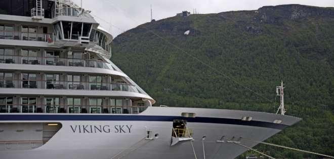 Avería en un crucero en Noruega obliga a evacuar a 1.300 pasajeros. Foto: AFP