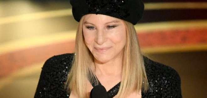 Barbra Streisand causó un gran revuelo al opinar sobre las acusaciones de abuso sexual a menores que pesan contra Jackson.