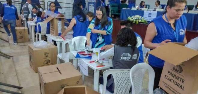 ECUADOR.- Según el organismo electoral, hay un avance general del proceso de escrutinio del 90%. Foto: CNE