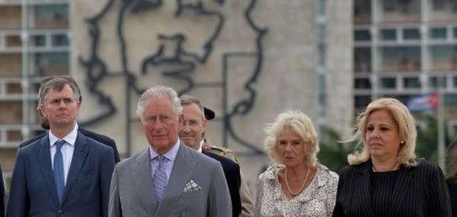 El príncipe Carlos y la duquesa de Cornualles son los primeros miembros de la familia real británica en visitar Cuba de manera o
