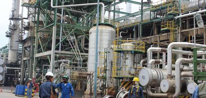 4 áreas críticas afectan Refinería de Esmeraldas. Foto: Archivo