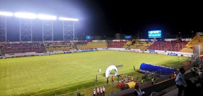 Estadio de Aucas.