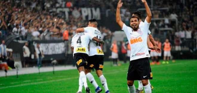 Junior Sornoza, figura del Corinthians.