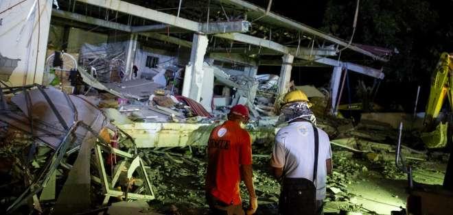 Potente movimiento telúrico dejó al menos 11 muertos. Foto: AFP