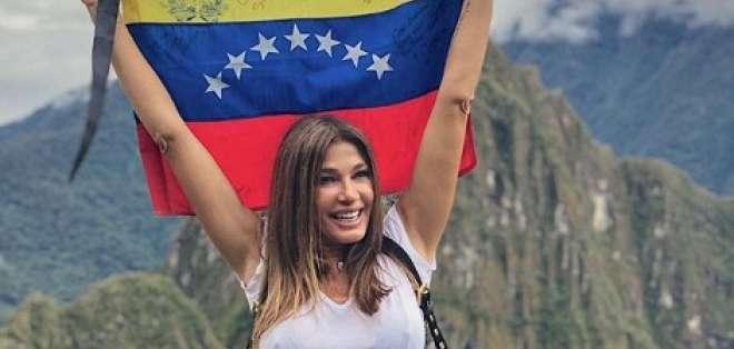 La actriz venezolana muestra su impactante figura en Fiji. Foto: Instagram