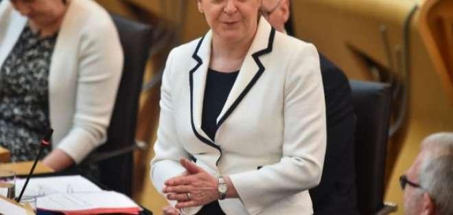 LONDRES, Reino Unido.- La iniciativa liderada por Nicola Sturgeon se respalda en el descontento por el Brexit. Foto: AFP.
