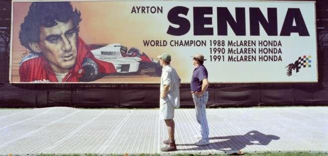 El piloto murió durante el circuito de Tamburello, en Imola, durante el GP de San Marino. Foto: Archivo/WILLIAM WEST / AFP
