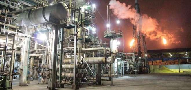Según Cppcs, irregularidades se habrían dado en rehabilitación de la refinería. Foto: Archivo Petroecuador