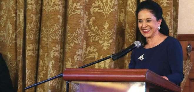 Solicitud a Fiscalía la hace en medio de su supuesta vinculación en caso INA Papers. Foto: Archivo Flickr Presidencia