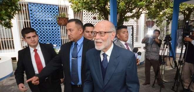 QUITO, Ecuador.- El director del Hospital Metropolitano dijo que el funcionario no ha sido intervenido. Foto: Archivo