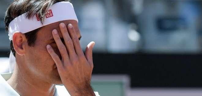 El tenista suizo tiene una dolencia en la pierna derecha. Foto: Tiziana FABI / AFP