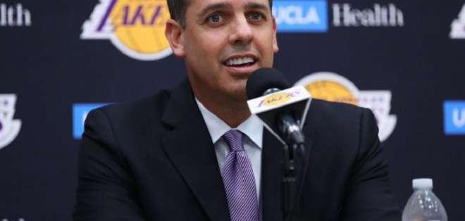 Frank Vogel, entrenador de Los Lakers.