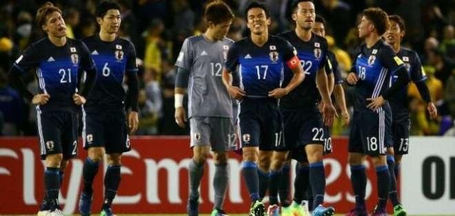 Jugadores de Japón en pleno duelo.