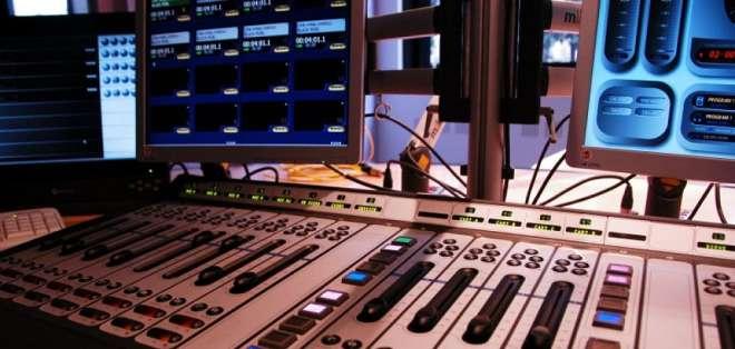 Según ministro Michelena, en ese mes se lanzará la televisión digital. Foto referencial / ARchivo