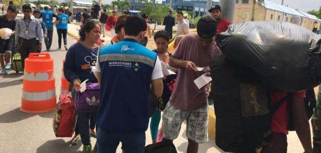 Según ACNUR, cerca de 8.000 venezolanos llegaron a los límites fronterizos de Perú este viernes. Foto: Ecuavisa