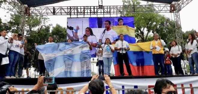 Marchas en Guayaquil y Quito contra el matrimonio igualitario