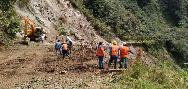 Deslizamientos e inundaciones afectan a los habitantes. Foto: Servicio Nacional de Gestión de Riesgos y Emergencias (SNGRE)