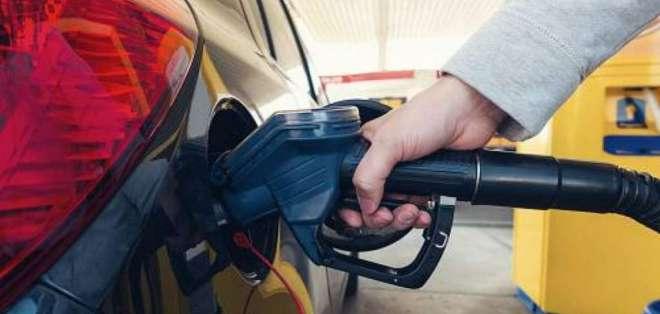 ECUADOR.- Petroecuador establece para julio un precio de $ 2.59 en las terminales de despacho. Foto: Archivo