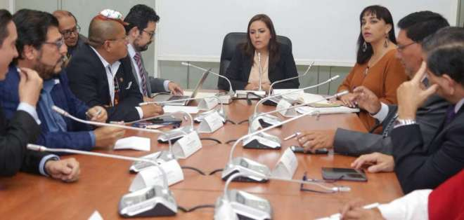 Exsecretario de Alianza PAIS debía acudir a la mesa legislativa por caso 'Arroz verde'.  Foto: Twitter Asamblea