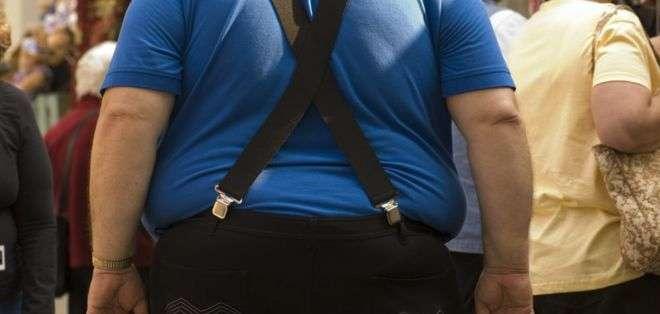 ¿Cómo actúa la obesidad en términos del cáncer?