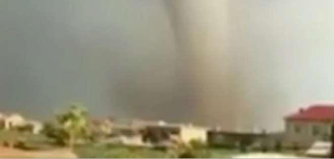 6 muertos y casi 200 heridos por el paso de un tornado en China. Foto: Twitter