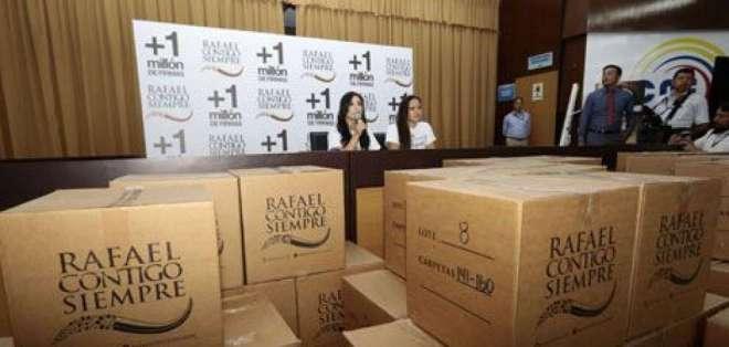 ECUADOR.- Este nuevo archivo contiene aportes a la campaña Rafael contigo siempre. Foto: Archivo