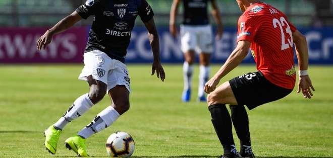Independiente del Valle en su duelo ante Caracas. Foto: Twitter Sudamericana.