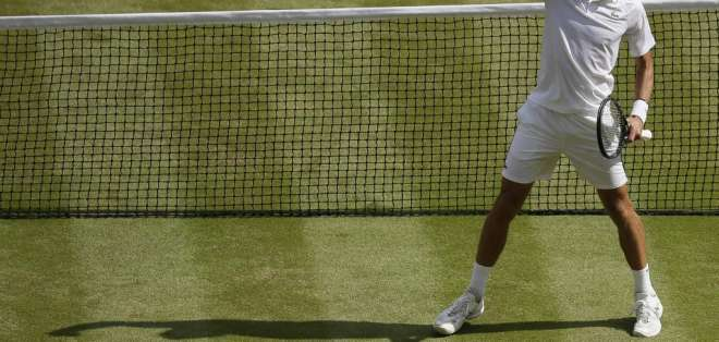 El tenista serbio venció en semifinales al español Roberto Bautista. Foto: TIM IRELAND / POOL / AFP