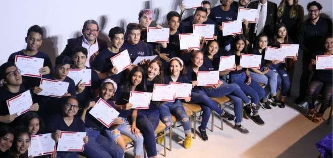 GUAYAQUIL.- Tras 6 meses de estudio, los alumnos de diferentes edades, demostraron su nivel actoral. Foto: Ecuavisa.com