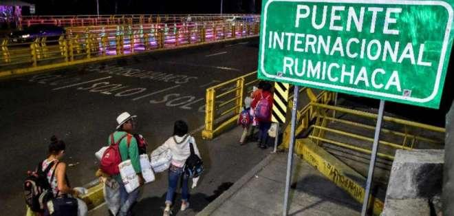 Al menos 200 mil venezolanos deben legalizar su estatus en Ecuador. Foto: AFP - Referencial
