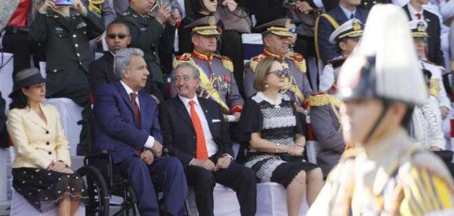 El presidente Lenín Moreno, durante el desfile militar en el sur de Quito.