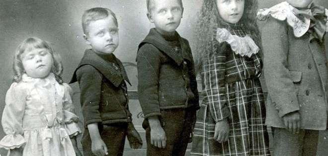 Era común que las familias tuvieran muchos hijos, y también común que murieran antes de cumplir cinco años.