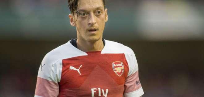 Mesut Özil, estrella del Arsenal.