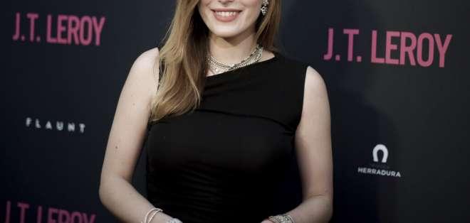 La actriz, escritora y música se integró a la Serie de Directores Visionarios de Pornhub. Foto: AP