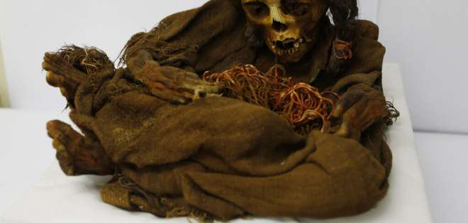 La momia de una niña inca atrae interés en Bolivia. Foto: AP