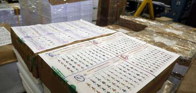 Contraloría señala que miles de rúbricas de inscripción tenían que ser rechazadas. Foto: Archivo API