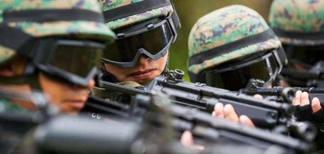Ocurrió este viernes en ejercicios militares; el personal afectado está estable. Foto referencial / Flickr Ejército