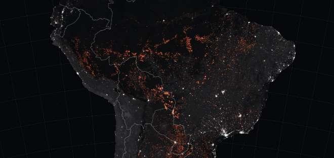 Franjas de bosque han sido despojadas de vegetación en una aparente preparación para ser quemadas. Foto: AFP