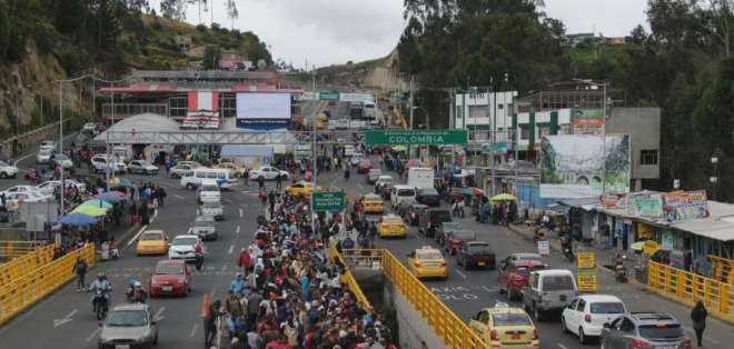Flujo de venezolanos el sábado 24 de agotso. Foto: Paola Andrade