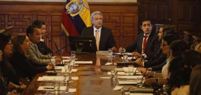 Presidente dio detalles durante gabinete económico en Carondelet. Foto: Secom