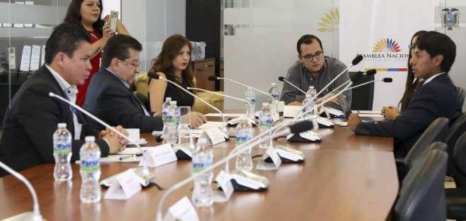 Sesión de la Comisión de Gobiernos Autónomos en julio de 2019. Foto: Asamblea