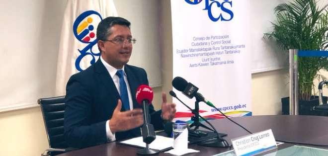 Presidente de Consejo invitó a titular del Legislativo ante posible reducción de funciones. Foto: Twitter CPCCS