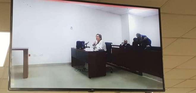 QUITO, Ecuador.- Paulina Aguirre, presidenta de la Corte Nacional de Justicia, rinde su prueba oral. Foto: API