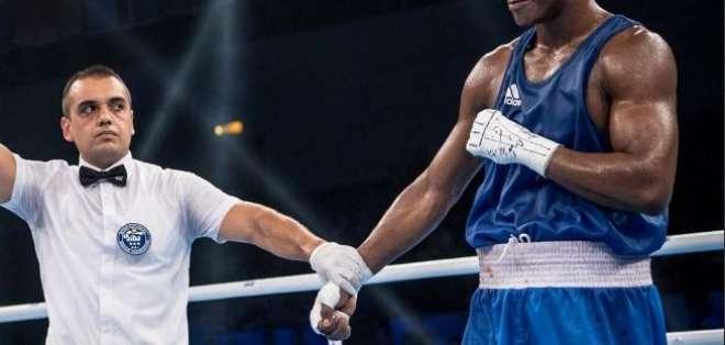 La hermana del boxeador explicó por qué se encuentra privado de su libertad. Foto: Archivo